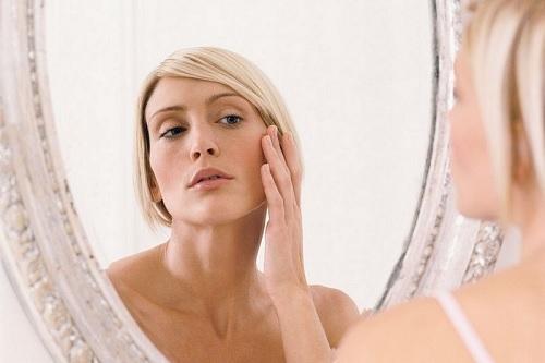 Làn da thiếu độ đàn hồi dấu hiệu lão hóa da - skinLift collagen