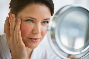 Bật mí 5 cách giữ da đẹp cho phụ nữ tuổi trung niên