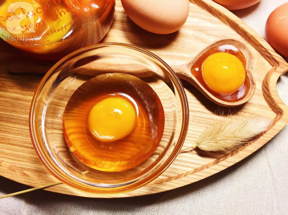 Bỏ túi 4 công thức trị tàn nhang bằng trứng gà hiệu quả