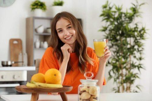 Giúp bạn trả lời câu hỏi uống collagen cùng nước cam được không?