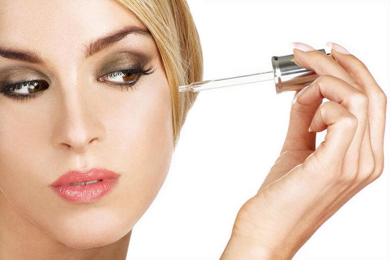 Nguyên nhân da khô sau khi rửa mặt và cách khắc phục