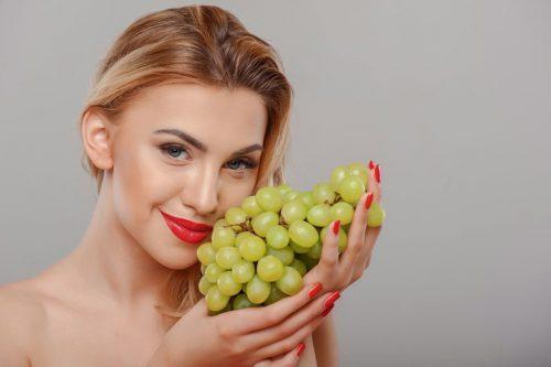 Những mặt nạ từ thiên nhiên bù đắp collagen cho làn da ở tuổi trung niên